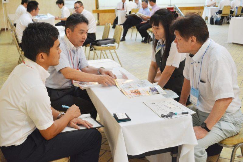 学校と企業の情報交換会